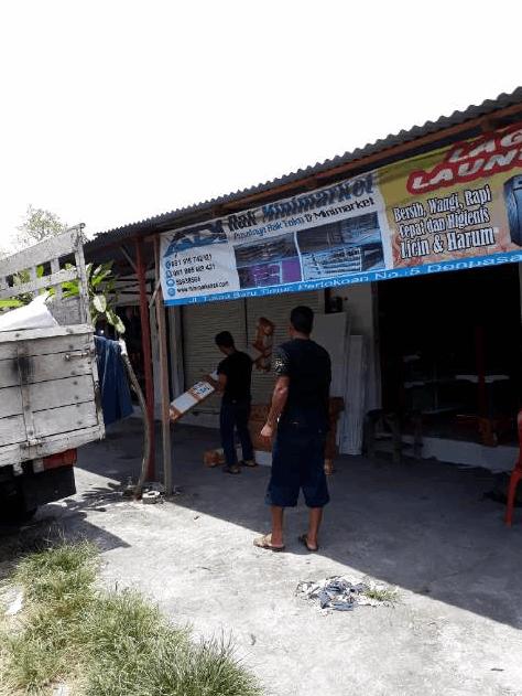 Pengiriman Rak Minimarket Bali